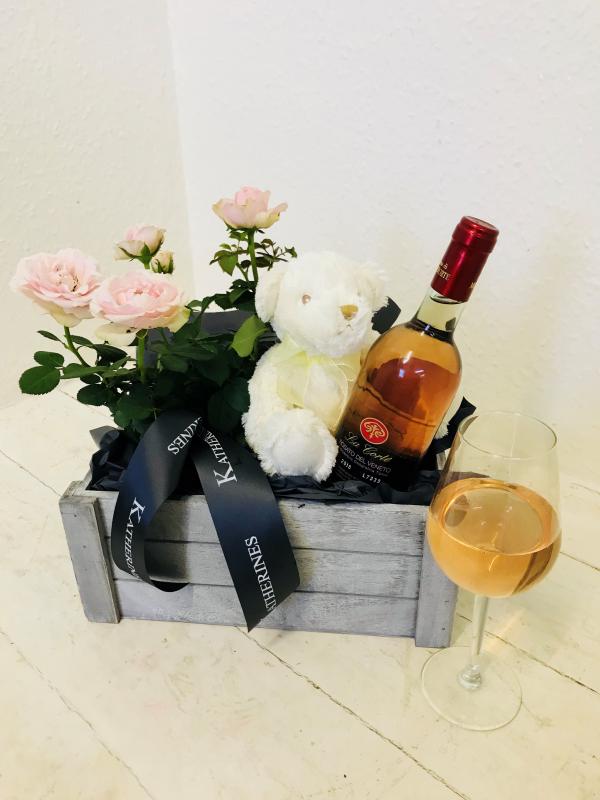 'It's A Girl' Celebration Gift Basket
