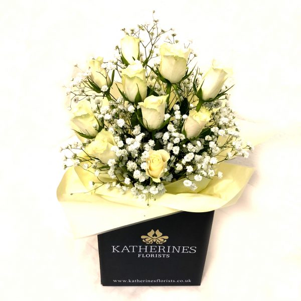 Wonderful White Roses Flowers Bouquet