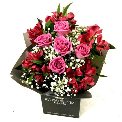 Pink Chic Roses and Alstroemeria Flowers Bouquet
