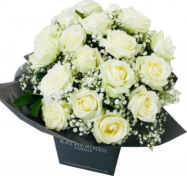 Luxury Large Headed White Roses
