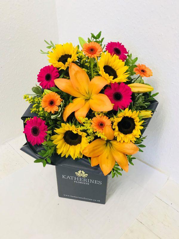 Autumn Sunshine Hand-Tie Flowers Bouquet