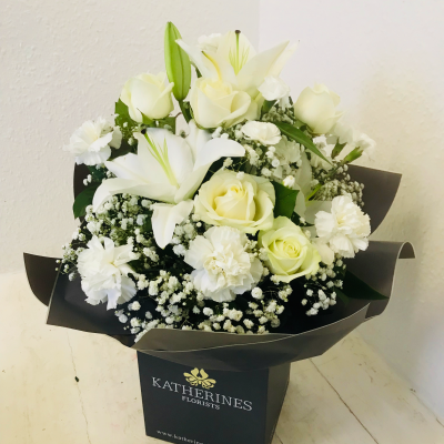 Vanilla Sundae Flowers Bouquet
