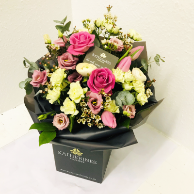 Pure, Pink Spring Hand-Tie Flowers Bouquet