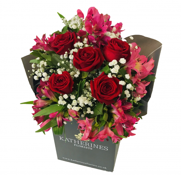 Red or Pink Chic Roses and Pink Alstroemeria Flowers Bouquet