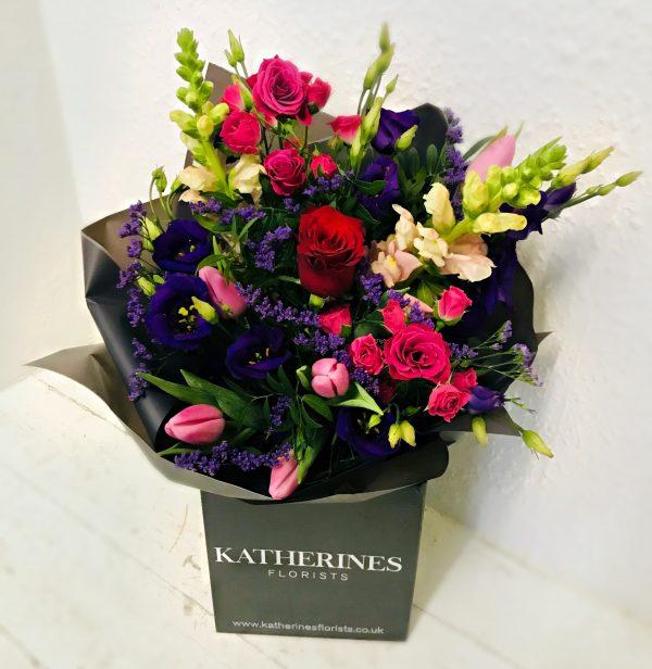 Spring Country Garden Hand-Tie Flowers Bouquet