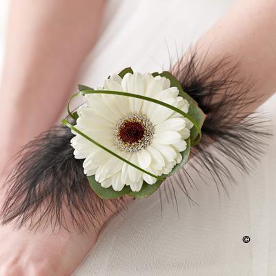 Germini & Feather Wrist Corsage - White